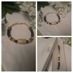 Elizabeth Elegant Gold Bracelet by Shawzae